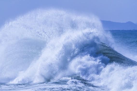 高波の影響で・・・